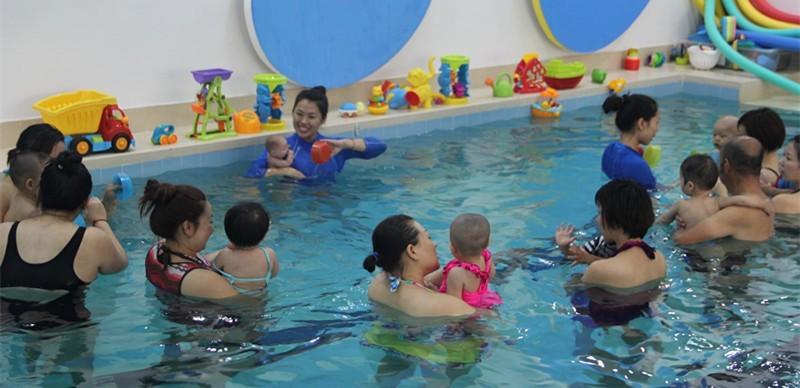 儿童游泳设备
